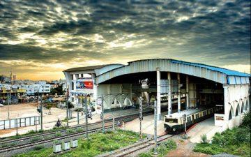 Velachery_Railway_station_June_2010